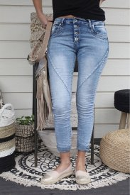 Perfect jeans, light denim