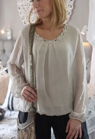 Silk flower blouse, sand, Agency M