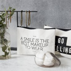 Make up bag, Smile, Nicolas Vahe