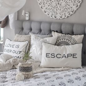 Day Quotes Cushion Cover, Escape, 40x60 cm, Day Home