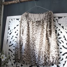 Leo Blouse, Sixty Days