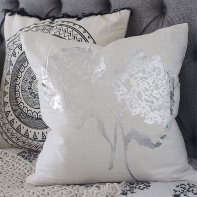 Day Bold Flower Cushion Cover, Kuddfodral blomma, Day Home